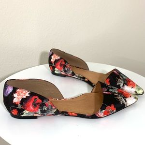 Halogen floral pointed toe flats